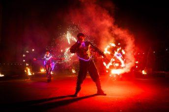 Огненное шоу Satisfy