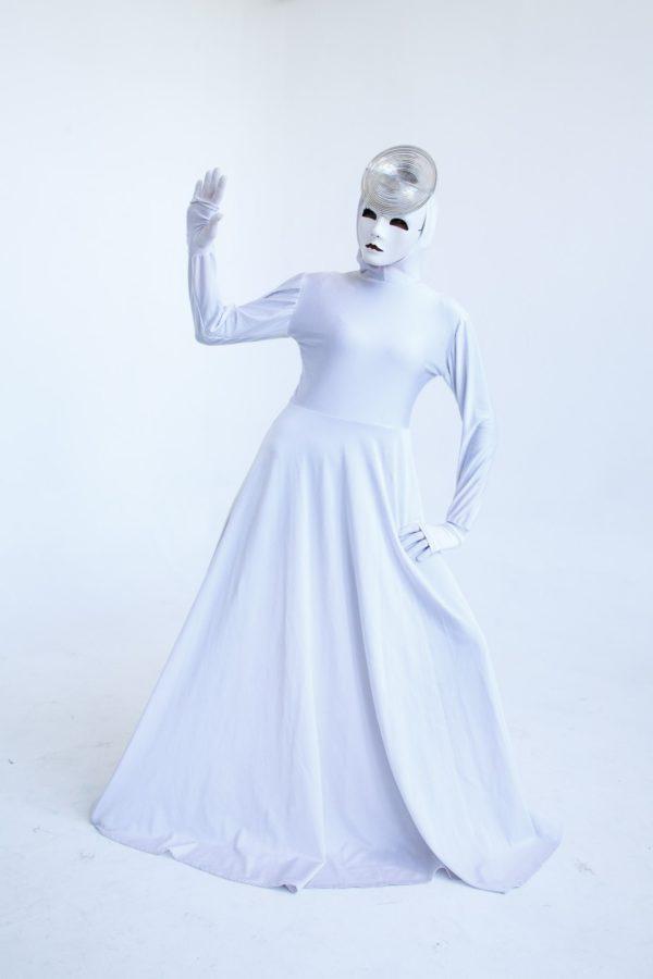 Белый комбинезон с маской №3